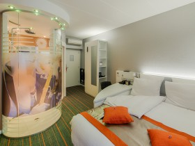 Lit et douche spectacle - Deluxe Cocoon - Chambre day use