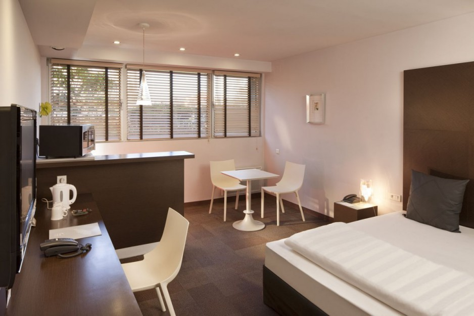 Appart hotel elsene ixelles roomforday for Appart hotel a madrid