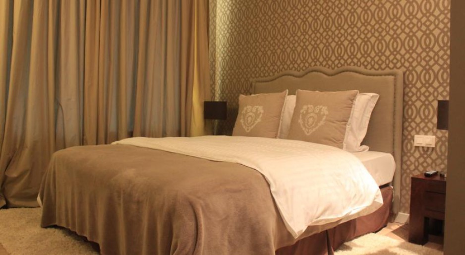 Chambre l 39 heure bruxelles roomforday for Hotel al heure liege