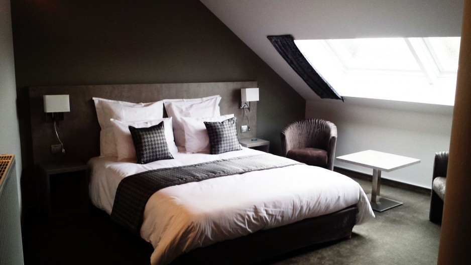 Chambre l 39 heure tournai roomforday for Hotel al heure liege
