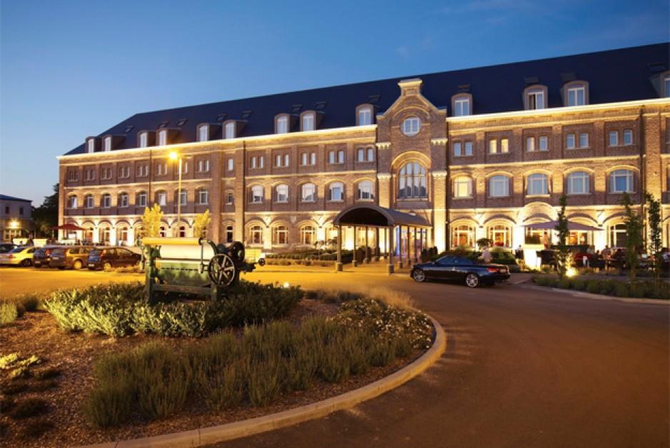 Chambre de charme l 39 heure pour couples li ge roomforday for Hotel al heure liege